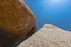 Тысячелетние гигантские камни в природном парке Iona anisette Cunene стоковая фотография rf