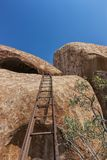 Тысячелетние гигантские камни в природном парке Iona anisette Cunene стоковые фото