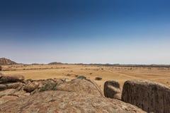 Тысячелетние гигантские камни в природном парке Iona anisette Cunene стоковое изображение rf