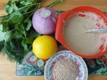 Тэмпура лука, варя вегетарианскую еду стоковые изображения