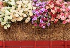 тюкует декоративную сторновку роз Стоковое Изображение RF