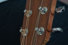 Тюнеры акустической гитары стоковое фото