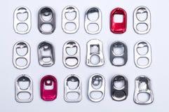 Тяга кольца металла может на белой предпосылке Стоковые Фотографии RF