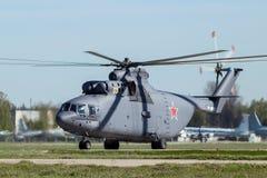 Тяжелый вертолет груза подъема Стоковое Изображение