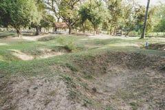 Убивая поля в Камбодже место где массовые унесенные исполнения Khmer Rouge случились геноцид в Камбодже стоковые изображения rf
