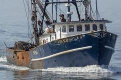 Убой II приближая к New Bedford Тома рыболовной лодки промышленного рыболовства дальше стоковое изображение rf