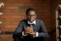 Уверенно Афро-американское предназначенное для подростков стоковое фото