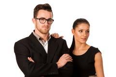 Уверенно пары дела стоя рядом друг с другом Пастбище женщины Стоковые Фото