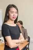 Уверенно руководитель женщины на офисе Стоковая Фотография