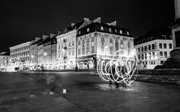 Увольняйте выставка в вечере на квадрате Варшавы стоковые фото