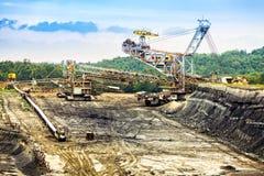 Угольная шахта открытого карьера стоковые изображения