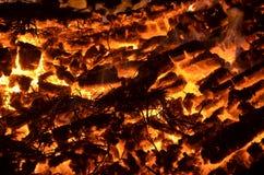 Угли огня стоковые изображения