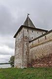 Угловая башня старого монастыря стоковые фото