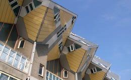 Угловое архитектурноакустическое здание в Роттердаме, Голландии Стоковое Изображение RF