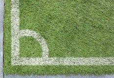 Угловое футбольное поле травы Стоковые Изображения RF