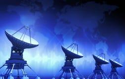 угловойой спутник тарелок установленный домом Стоковая Фотография