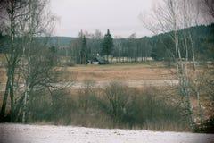 Удаленный коттедж в зиме, чехии Стоковая Фотография RF
