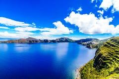 Удаленный ландшафт на Isla del Sol озером Titicaca - Боливией стоковое фото