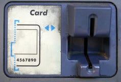 удар карточки atm стоковое изображение