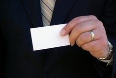 удерживание визитной карточки Стоковые Фотографии RF