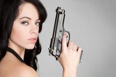 удерживание пушки девушки Стоковое Изображение RF