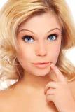 Удивленная блондинка стоковое изображение