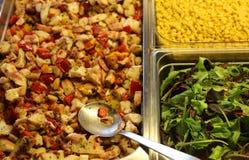 Удите салат и мозоль или салат для светлого перерыв на ланч в полдень стоковое фото rf