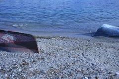 удить шлюпок пляжа старый Стоковое Изображение