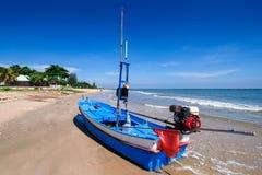 удить шлюпок пляжа Таиланд Стоковая Фотография