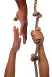 удлиняя персона потребности руки к стоковое изображение rf