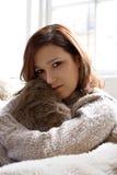 удобная cosy девушка стоковая фотография rf