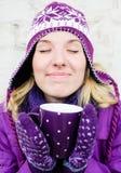 Удовольствие зимы горячее стоковые фото