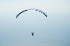 уединённый парашют Стоковое Фото