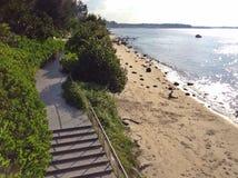 Уединённый песчаный пляж Стоковое Изображение