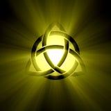 Узел троицы Triquetra с светлым пирофакелом Стоковые Фотографии RF
