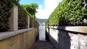 Узкая старая итальянская улица видеоматериал