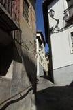 Узкая улица в старом городке стоковые фотографии rf