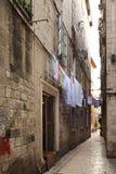 Узкая улица в Diocletian& x27; дворец s Стоковые Фотографии RF