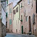 Узкий переулок стоковое изображение