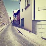 Узкий переулок стоковое фото