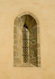 узкое старое окно Стоковое Изображение