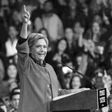 УИНСТОН-СЕЙЛЕМ, NC - 27-ОЕ ОКТЯБРЯ 2016: Демократичный кандидат в президенты Хиллари Клинтон и дама Мишель Обама США первого появ Стоковое Изображение RF