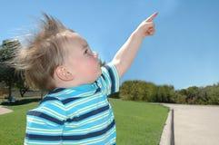 указывать ребенка стоковые изображения rf