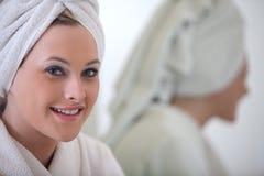 Уклад жизни женщины Attrractive белокурый кавказский Стоковое Фото