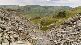 Уклон карьера к карьеру Rhosydd, Gwynedd, Уэльс, Великобритании стоковая фотография rf