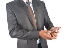 Укомплектуйте личным составом касающий экран телефона андроида изолированный на белой предпосылке p Стоковое Фото
