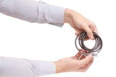 Укомплектуйте личным составом руки ` s замок комбинации для велосипеда Стоковые Изображения RF
