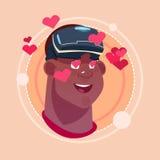 Укомплектуйте личным составом счастливое усмехаясь Афро-американское мужское Emoji нося виртуальную концепцию выражения лица вопл Стоковое Изображение RF