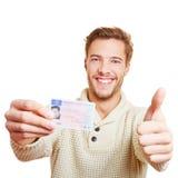 Укомплектуйте личным составом с удерживанием лицензии водителей Стоковая Фотография