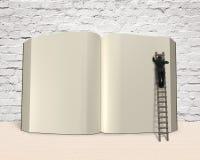 Укомплектуйте личным составом книгу отверстия сочинительства с лестницей на деревянном столе, renderi 3D бесплатная иллюстрация